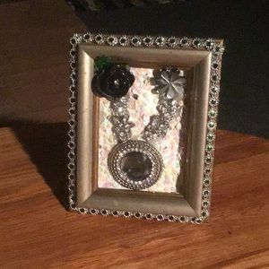 Made from jewelry 3-D frame